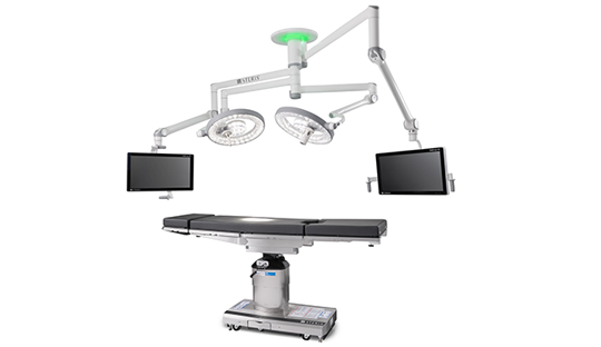 Surgeon working conditions in the Operating Room with the HarmonyAIR A-Series surgical light.