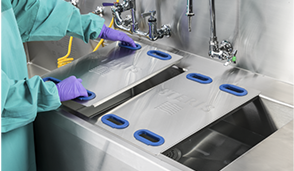 AMSCO 30 and 50 Reprocessing Sinks