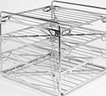 Four level single chamber manifold rack